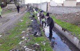 پاکسازی و لایروبی کانالهای سطح شهر