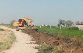 🔔تداوم عملیات پاکسازی وبهسازی کانال هدایت آبهای سطحی در ایلخچی
