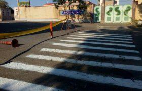 📣📣خط کشی خطوط عابر پیاده در آستانه بازگشایی مدارس در ایلخچی در حال اجراست