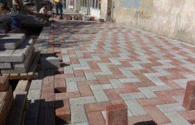 طرح بهسازی و مرمت سنگفرش پیاده رو خیابان امام(ره)