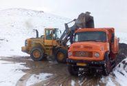 نمک پاشی، مسیر گشایی و پاکسازی معابر شهر ایلخچی، توسط اکیپ بحران شهرداری ایلخچی